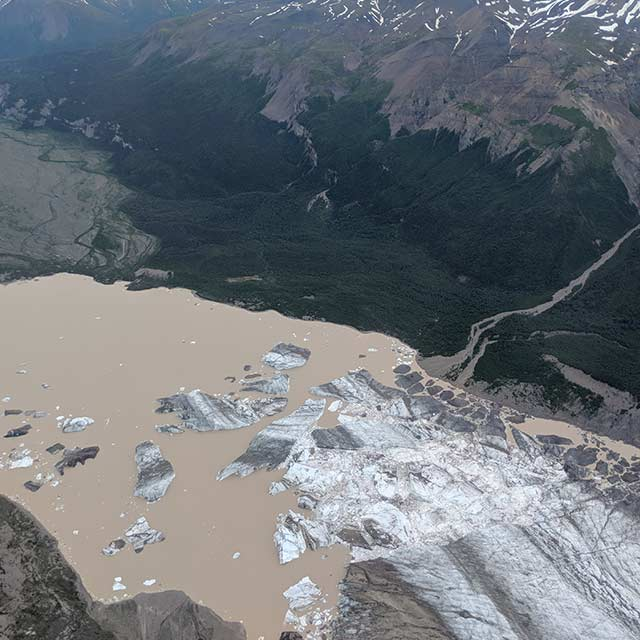 Flightseeing Glacier Chunks in Lake